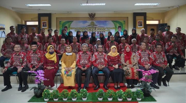 Pengantar Purnabakti Hakim Tinggi dan  Panmud Banding PTA Padang