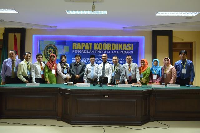 Rapat Koordinasi dan Pemberian Piagam Penghargaan se Wilayah Pengadilan Tinggi Agama Sumatera Barat 22-23 Februari 2018
