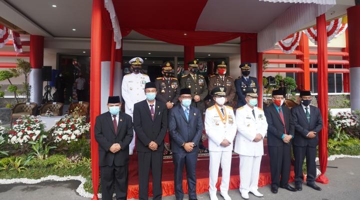 KPTA Padang Hadiri Upacara HUT ke-75 Kemerdekaan RI