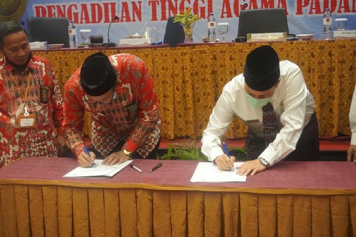MoU antara Pengadilan Tinggi Agama Padang dengan IAIN Batusangkar