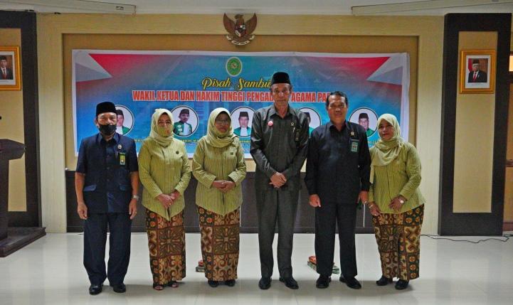 Pisah Sambut Wakil Ketua dan Hakim Tinggi Pengadilan Tinggi Agama Padang